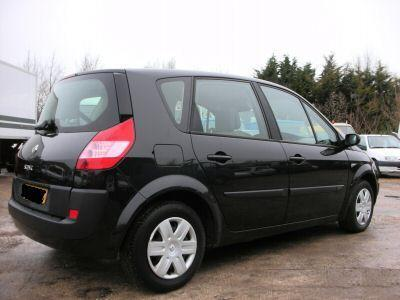Renault Scénic 1.5 dCi photo 15