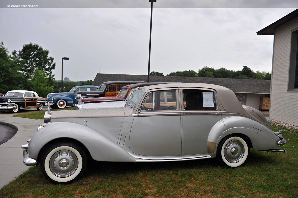 Rolls-Royce Silver Dawn photo 06
