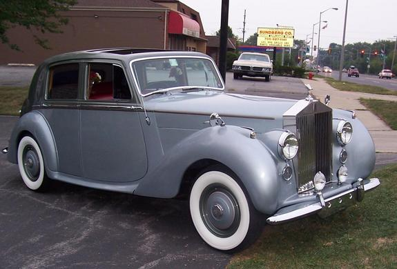 Rolls-Royce Silver Dawn photo 11