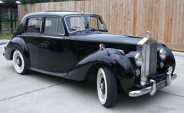 Rolls-Royce Silver Dawn photo 12