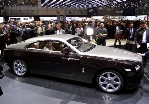 Rolls-Royce Wraith photo 12