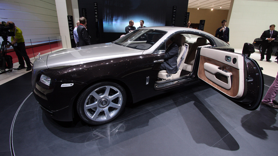 Rolls-Royce Wraith photo 17