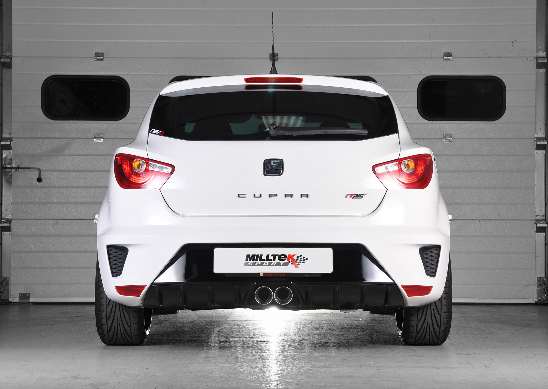 seat ibiza cupra 1 4 tsi technical details history. Black Bedroom Furniture Sets. Home Design Ideas