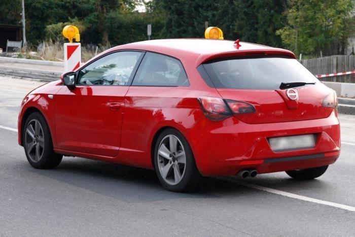 Seat leon coupe technical details history photos on - Seat leon 3 puertas ...