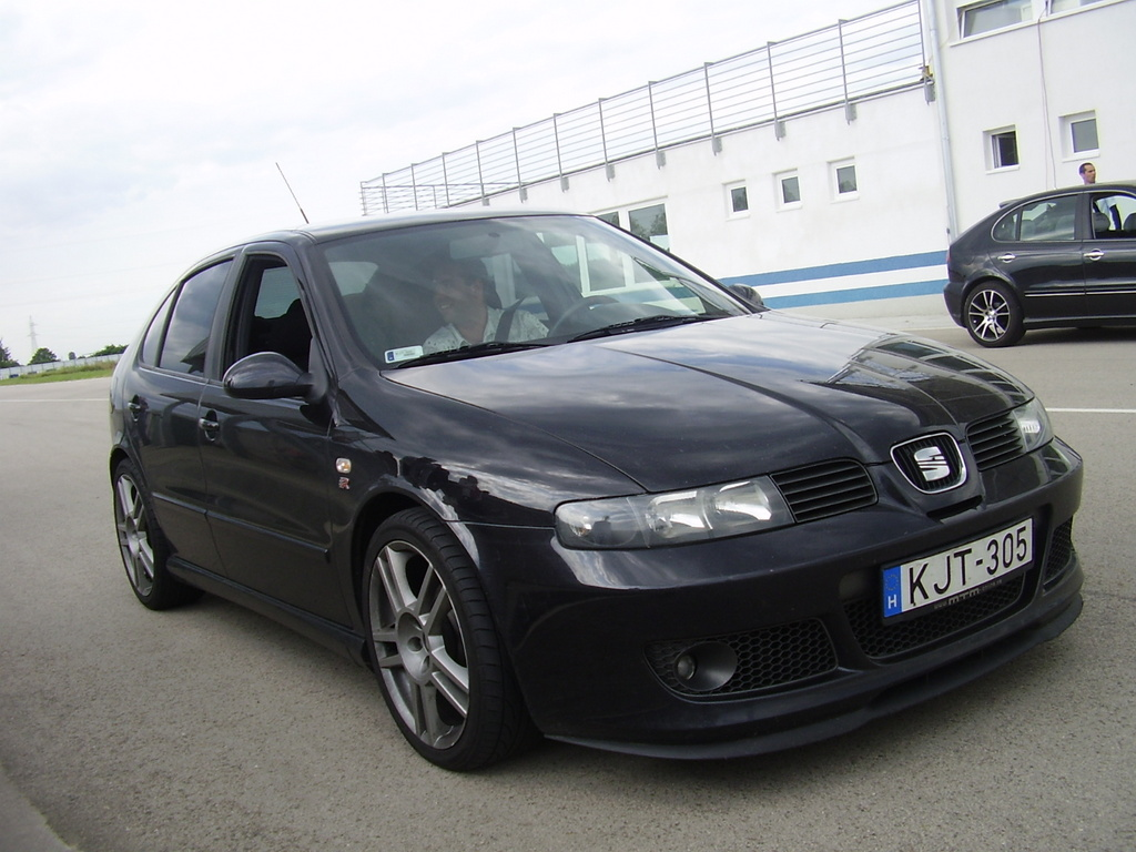 seat leon cupra r technical details history photos on better parts ltd. Black Bedroom Furniture Sets. Home Design Ideas