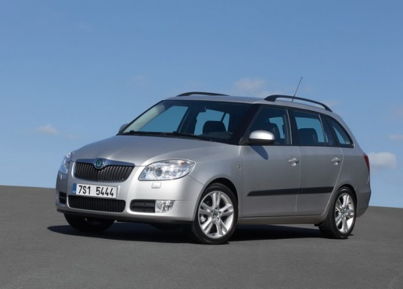 skoda fabia combi photos 4 on better parts ltd. Black Bedroom Furniture Sets. Home Design Ideas