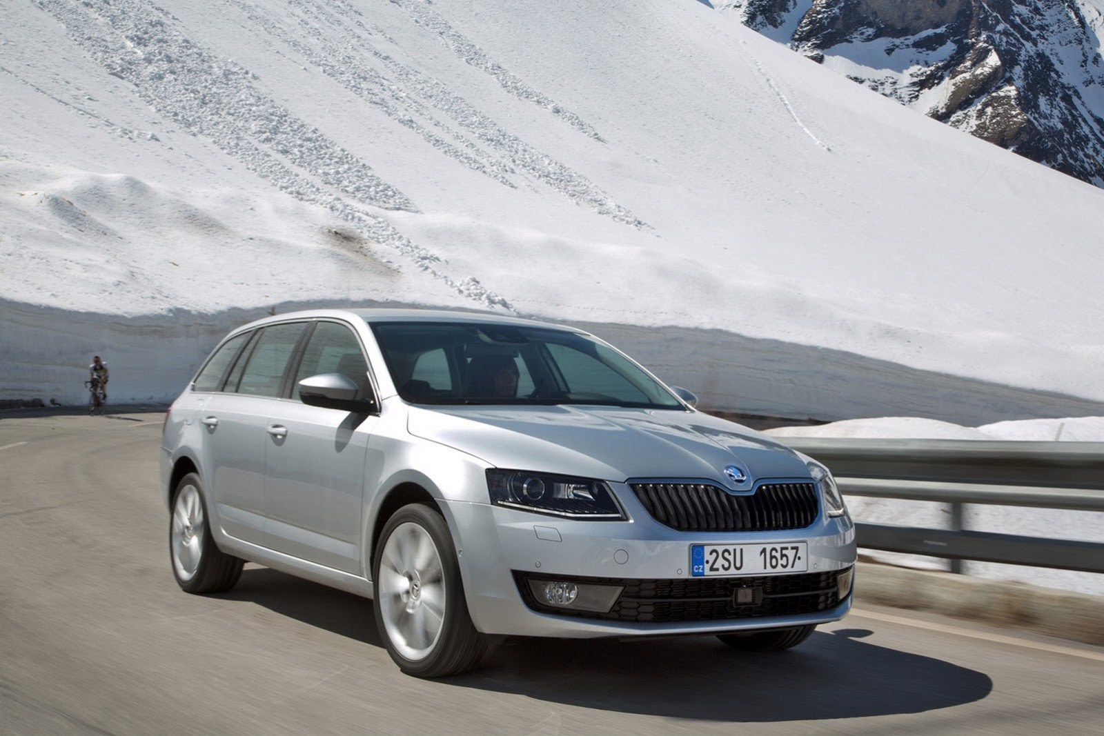 Skoda Octavia Combi Limited Edition GT photo 16