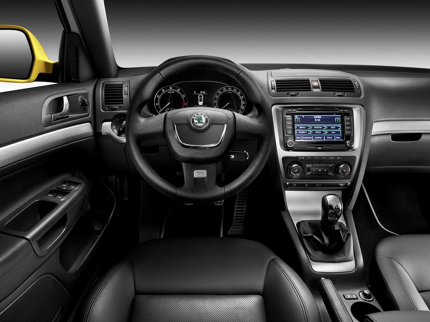 Skoda Octavia RS technical details, history, photos on Better