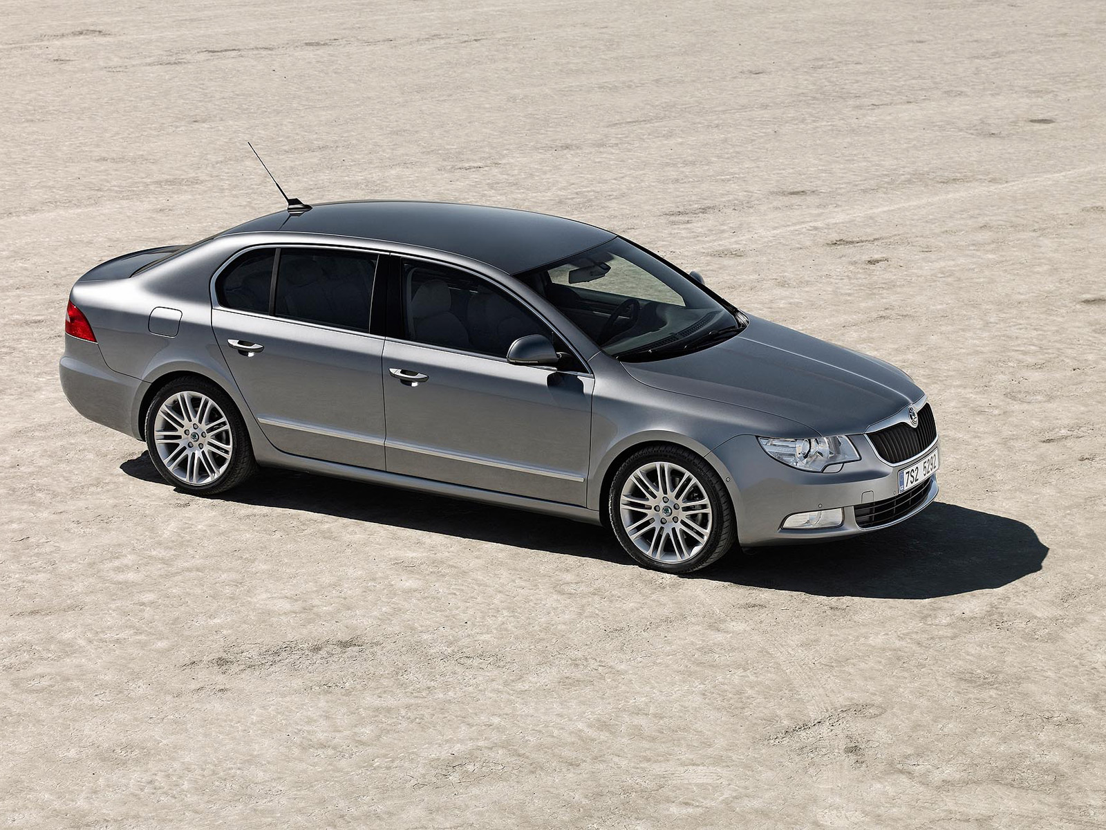 Skoda Superb image #6