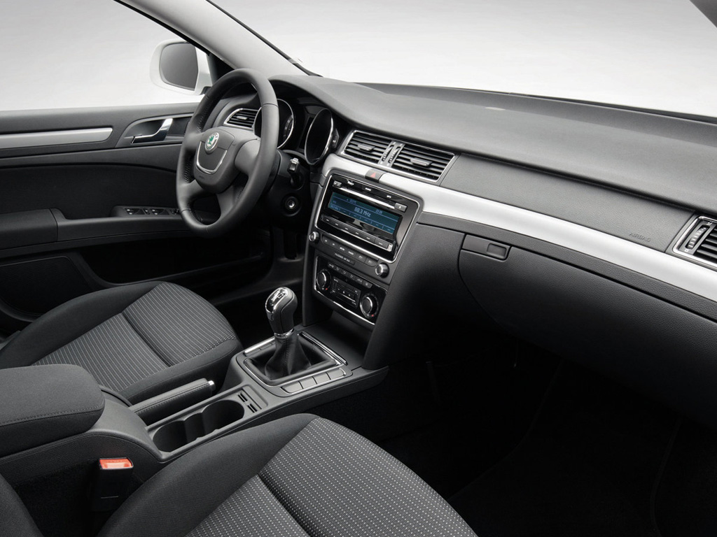 Skoda Superb Greenline image #4