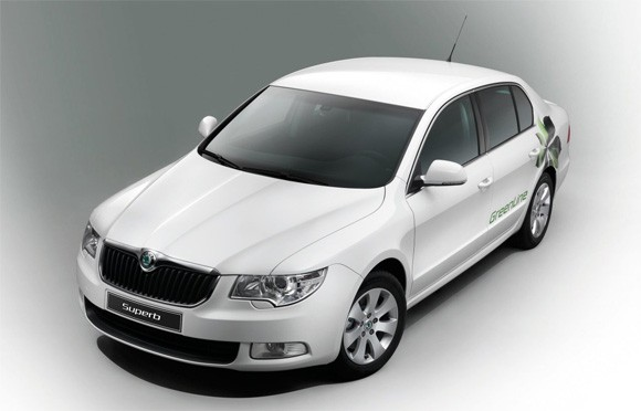 Skoda Superb Greenline image #9
