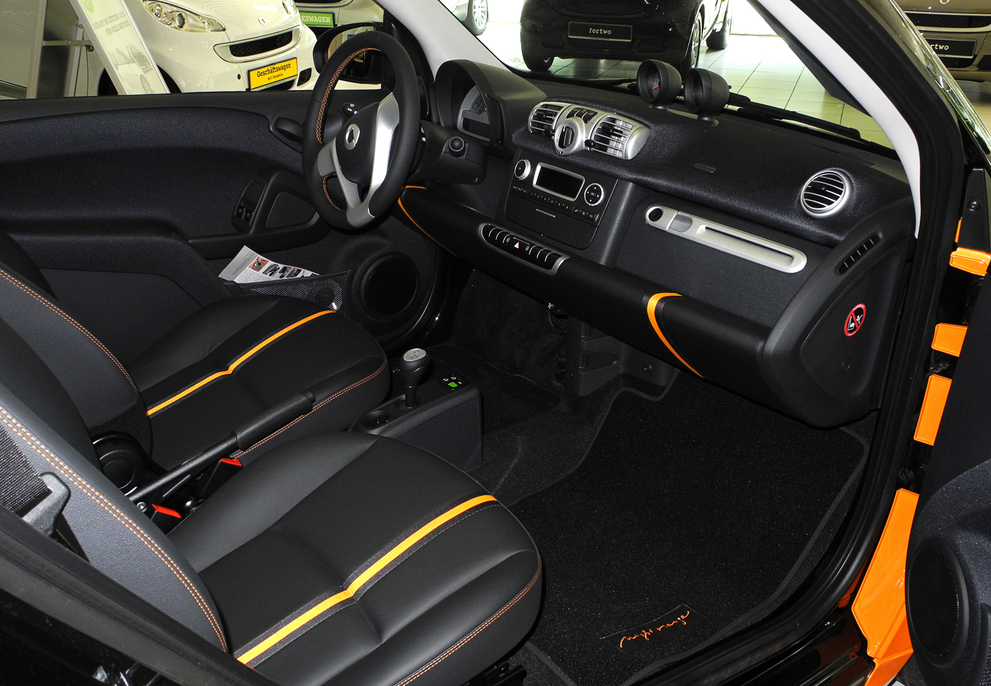 Smart fortwo mhd image #10