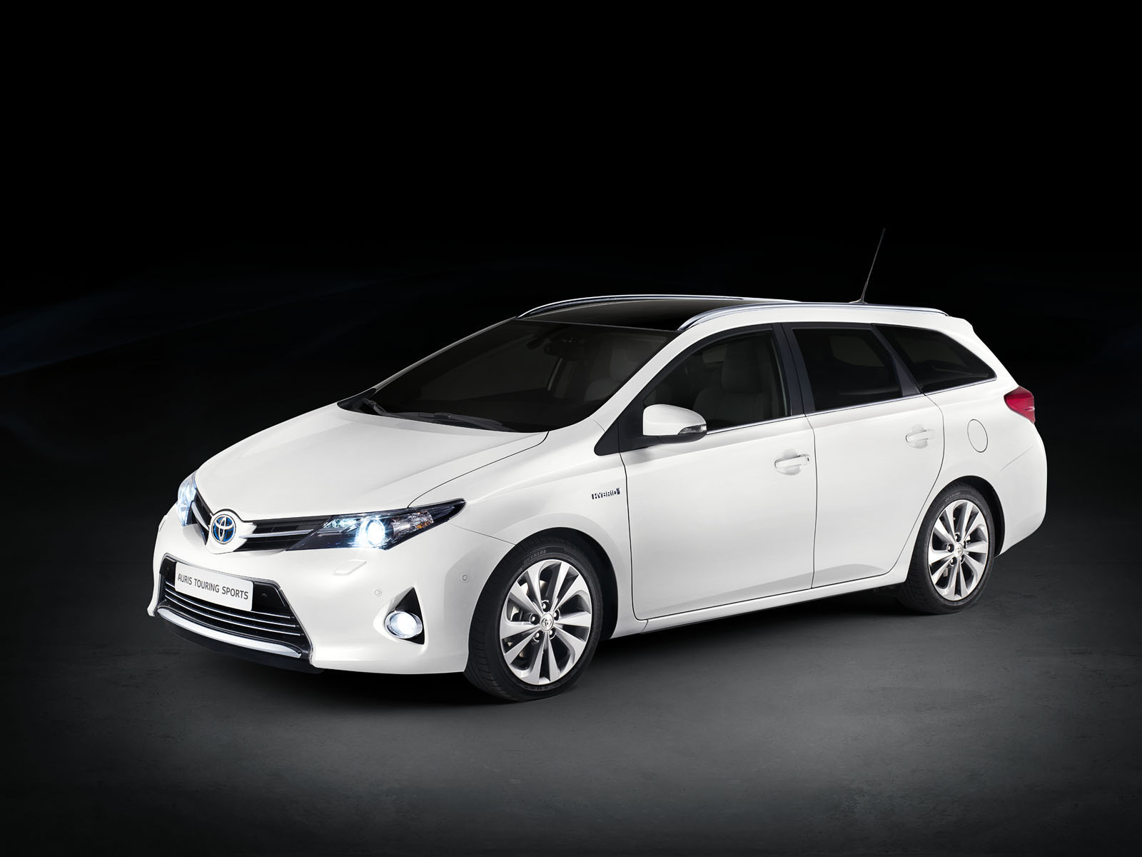 Toyota Auris photo 03
