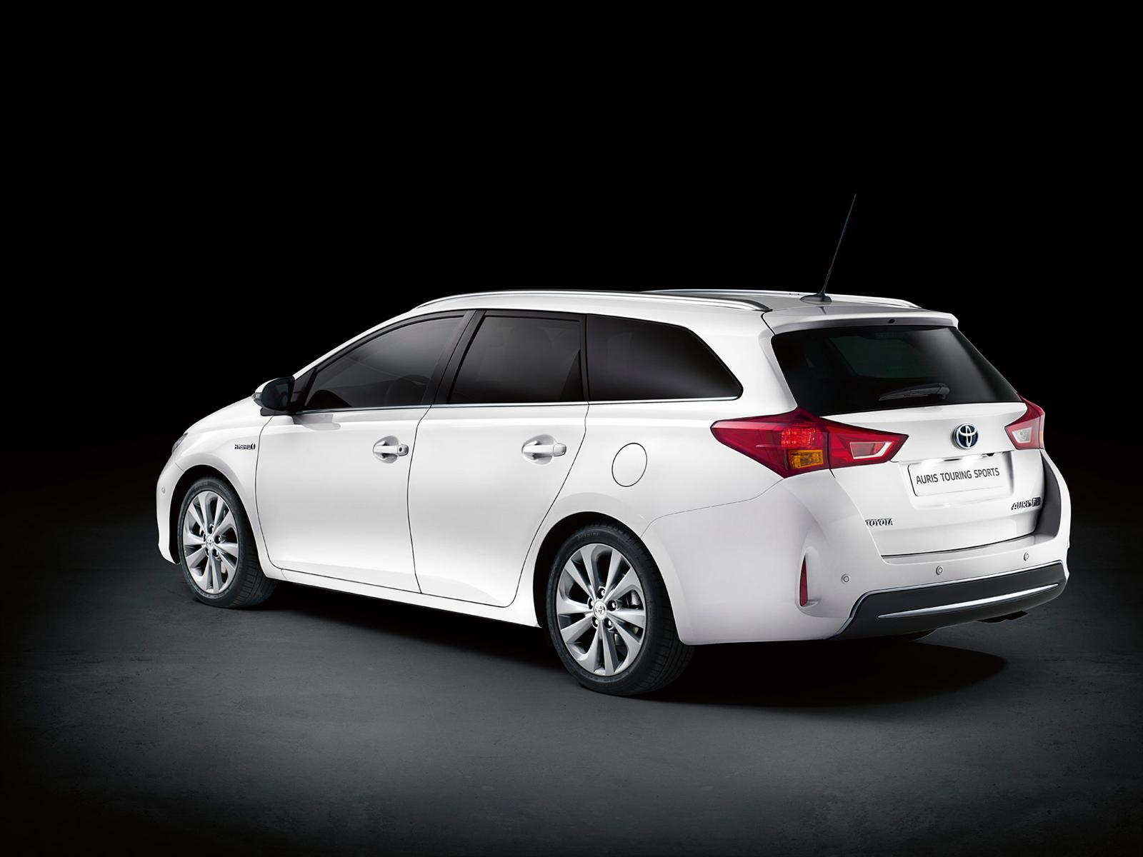 Toyota Auris photo 05