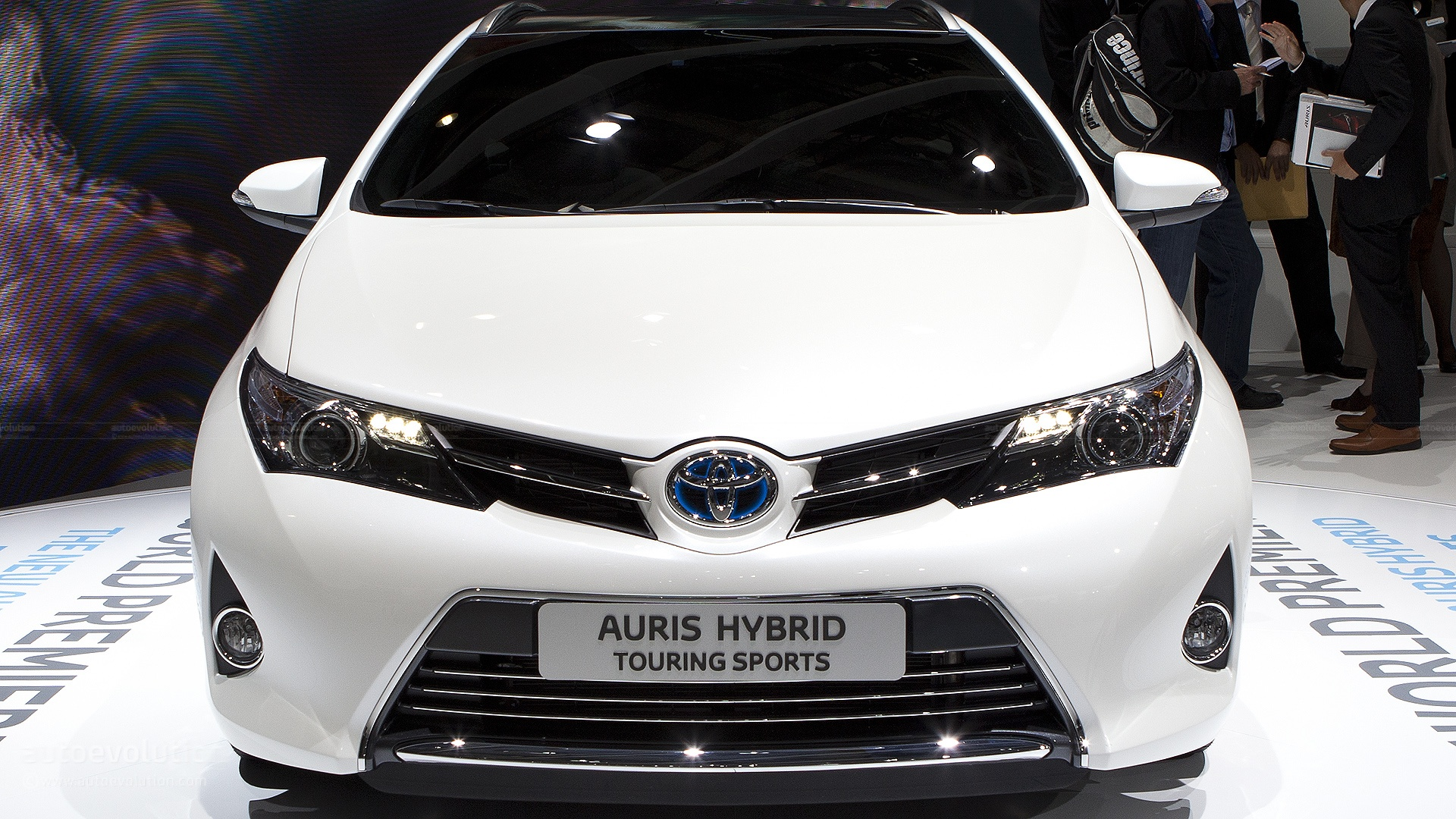Toyota Auris photo 11