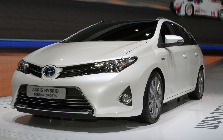 Toyota Auris 2016 цены, характеристики – купить Тойота ...