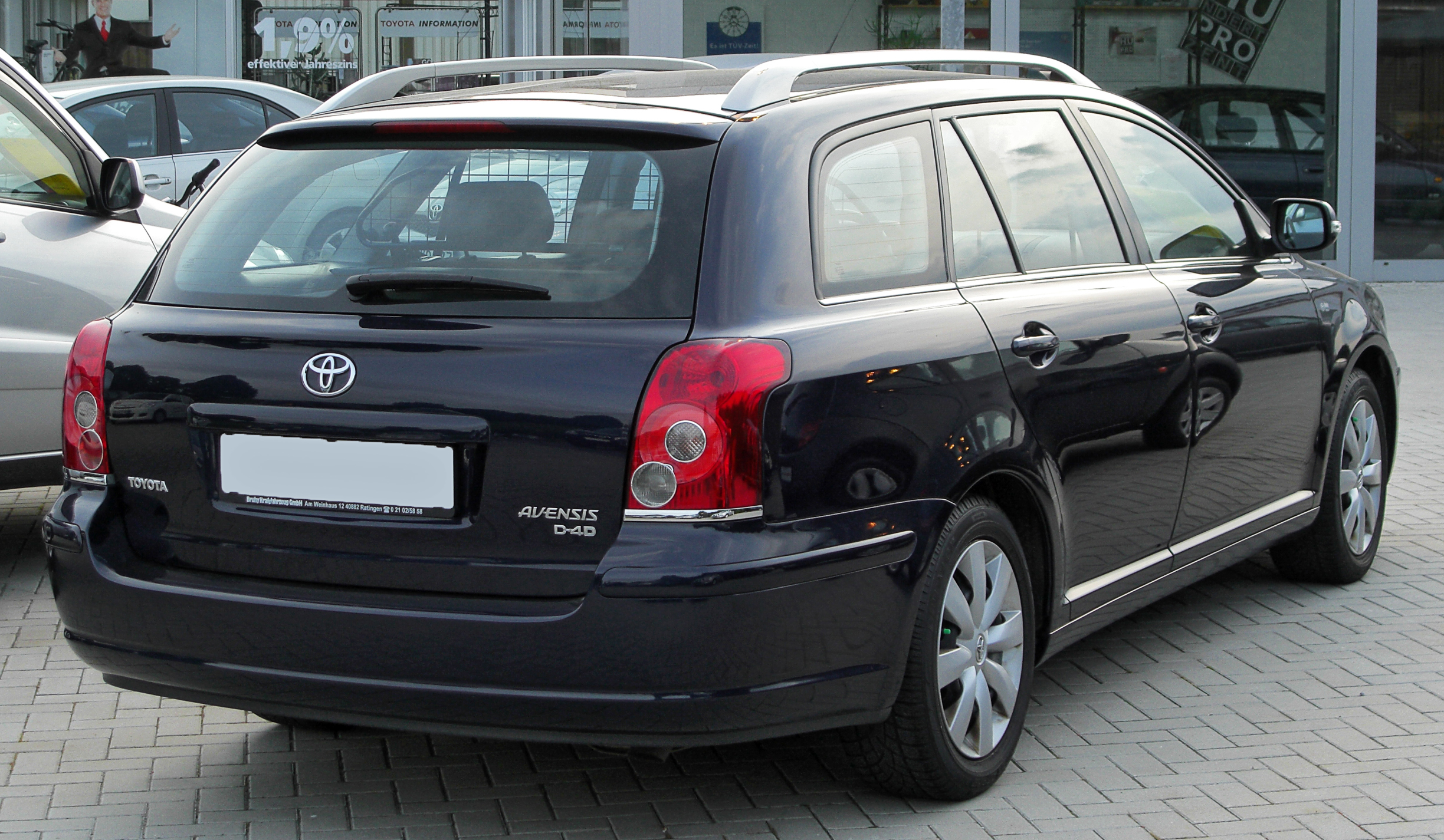 Toyota Avensis 2.0 D-4D photo 05