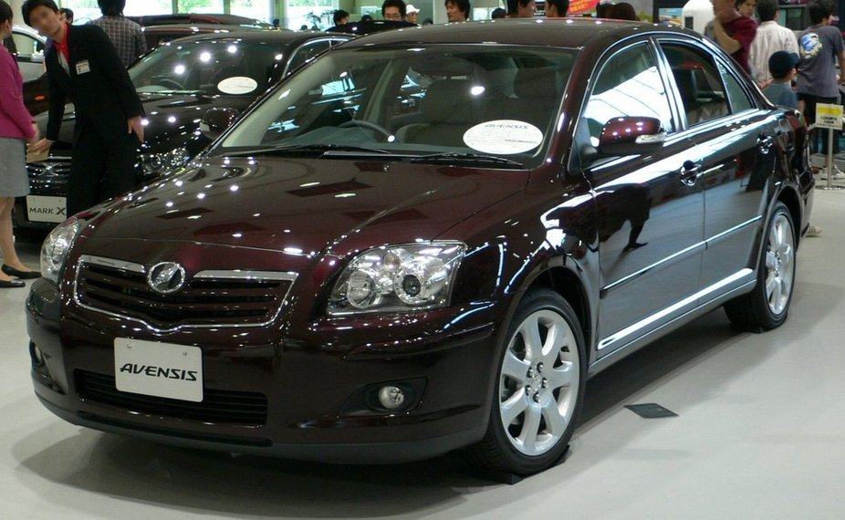 Toyota Avensis 2.0 D-4D photo 09