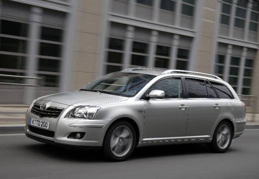 Toyota Avensis 2.2 D-CAT photo 08