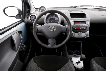 Toyota AYGO photo 13