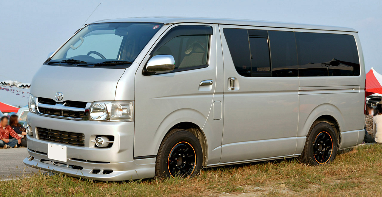 Toyota Hiace GL photo 12