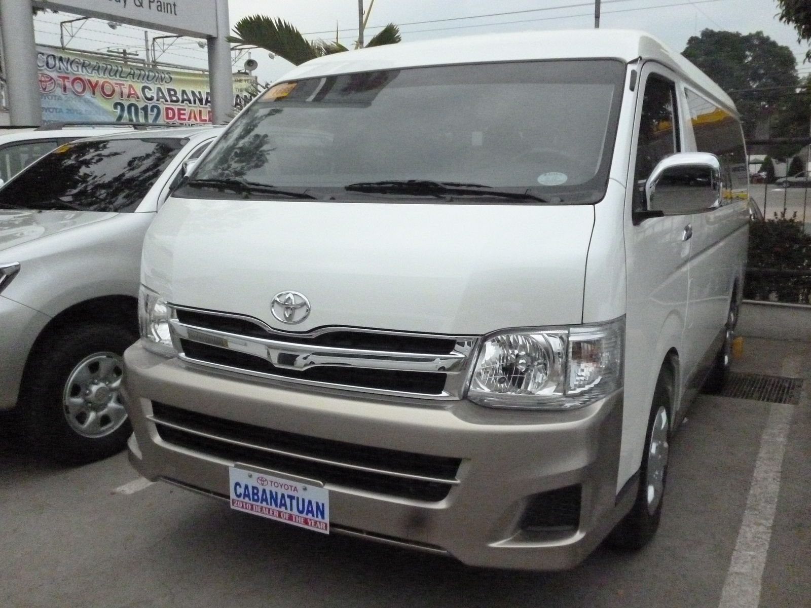 Toyota Hiace GL photo 16