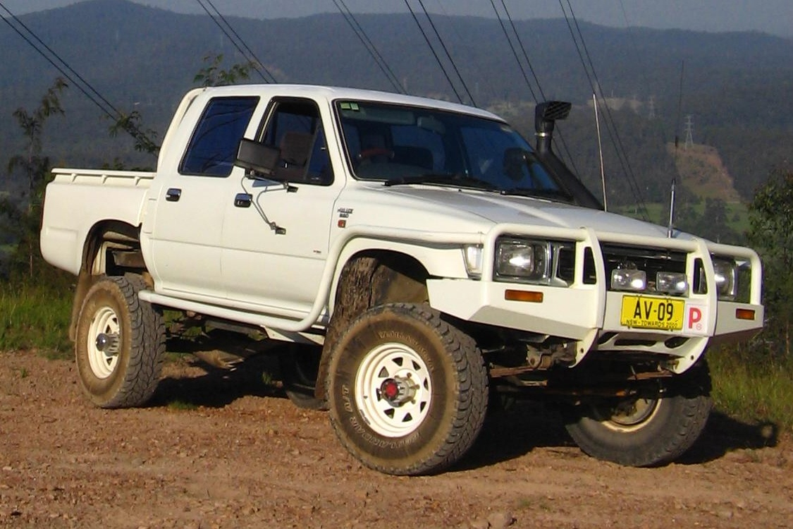 Toyota Hilux photo 14