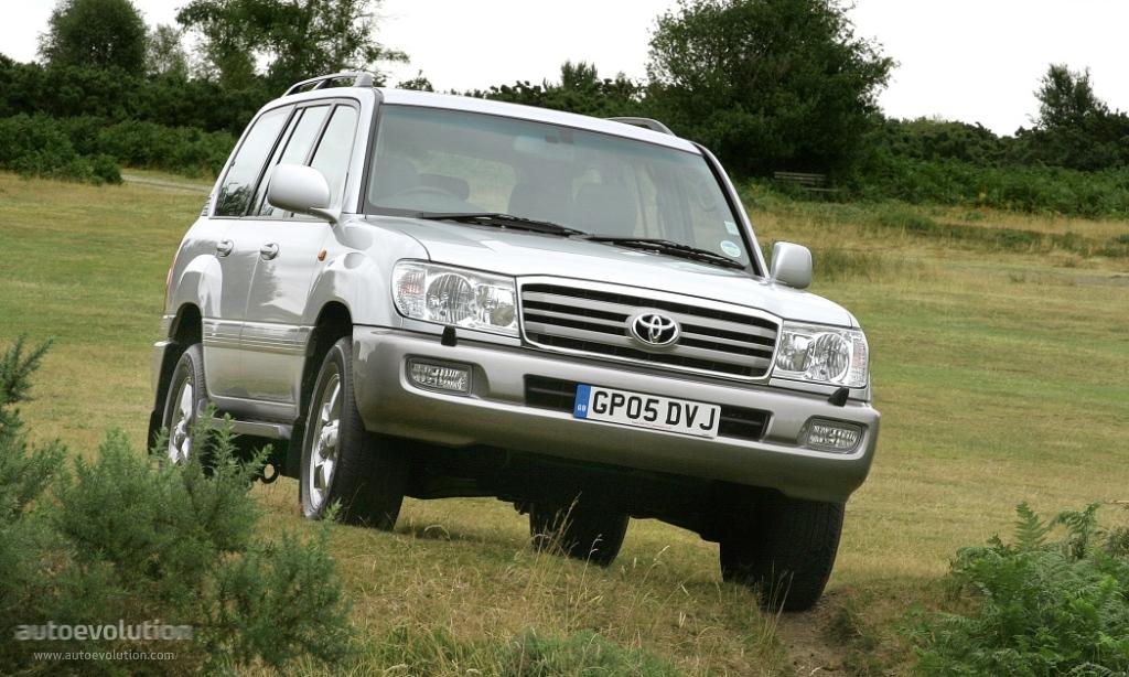 Toyota Land Cruiser 100 image #13
