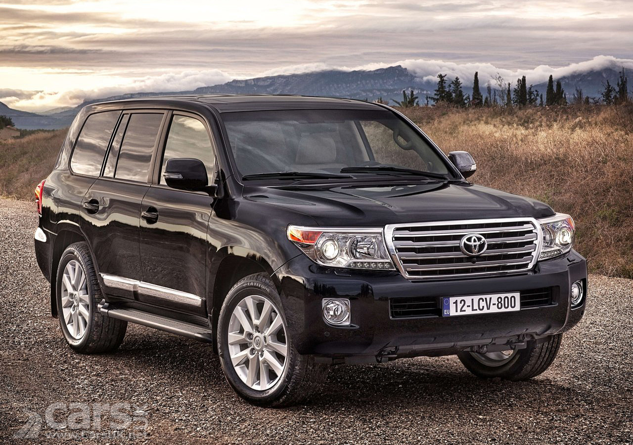 Toyota Land Cruiser V8 photo 12