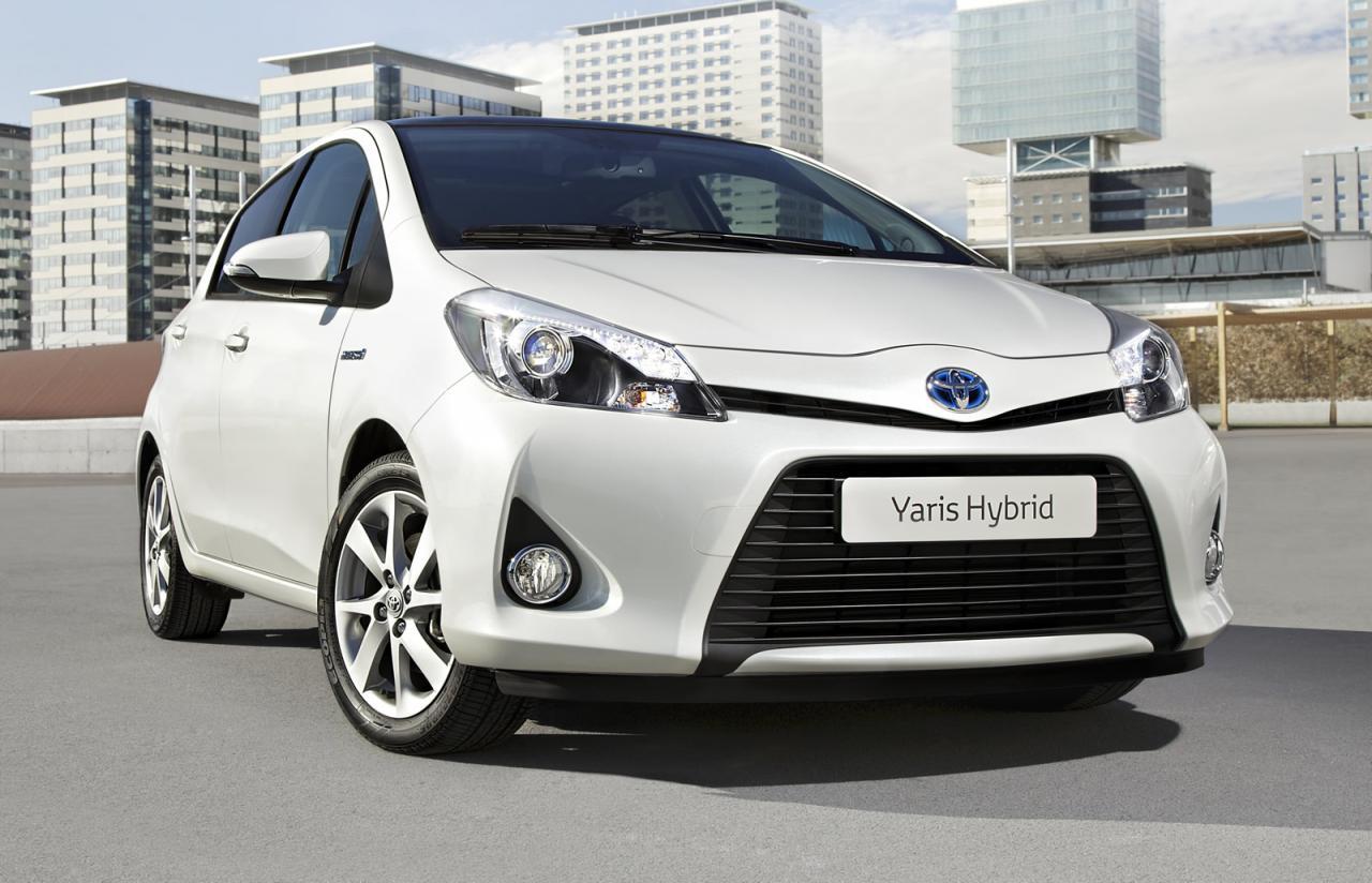 Toyota Yaris Hybrid Technical Details History Photos On