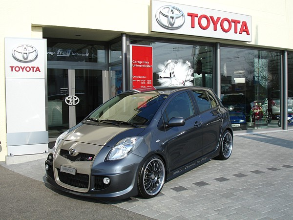 toyota yaris ts photos 5 on better parts ltd. Black Bedroom Furniture Sets. Home Design Ideas