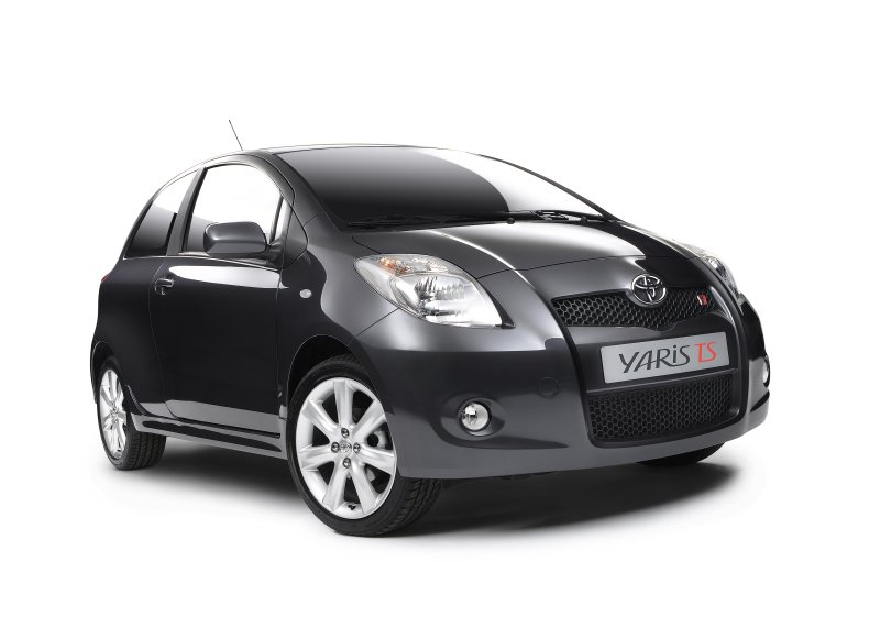 toyota yaris ts photos 6 on better parts ltd. Black Bedroom Furniture Sets. Home Design Ideas