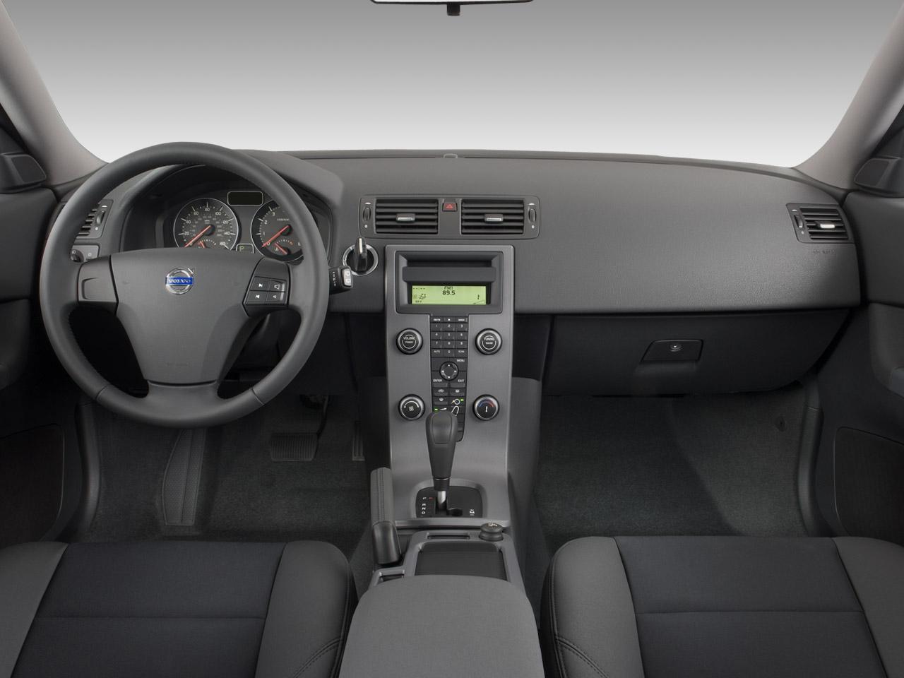 Volvo C30 T5 Image 5