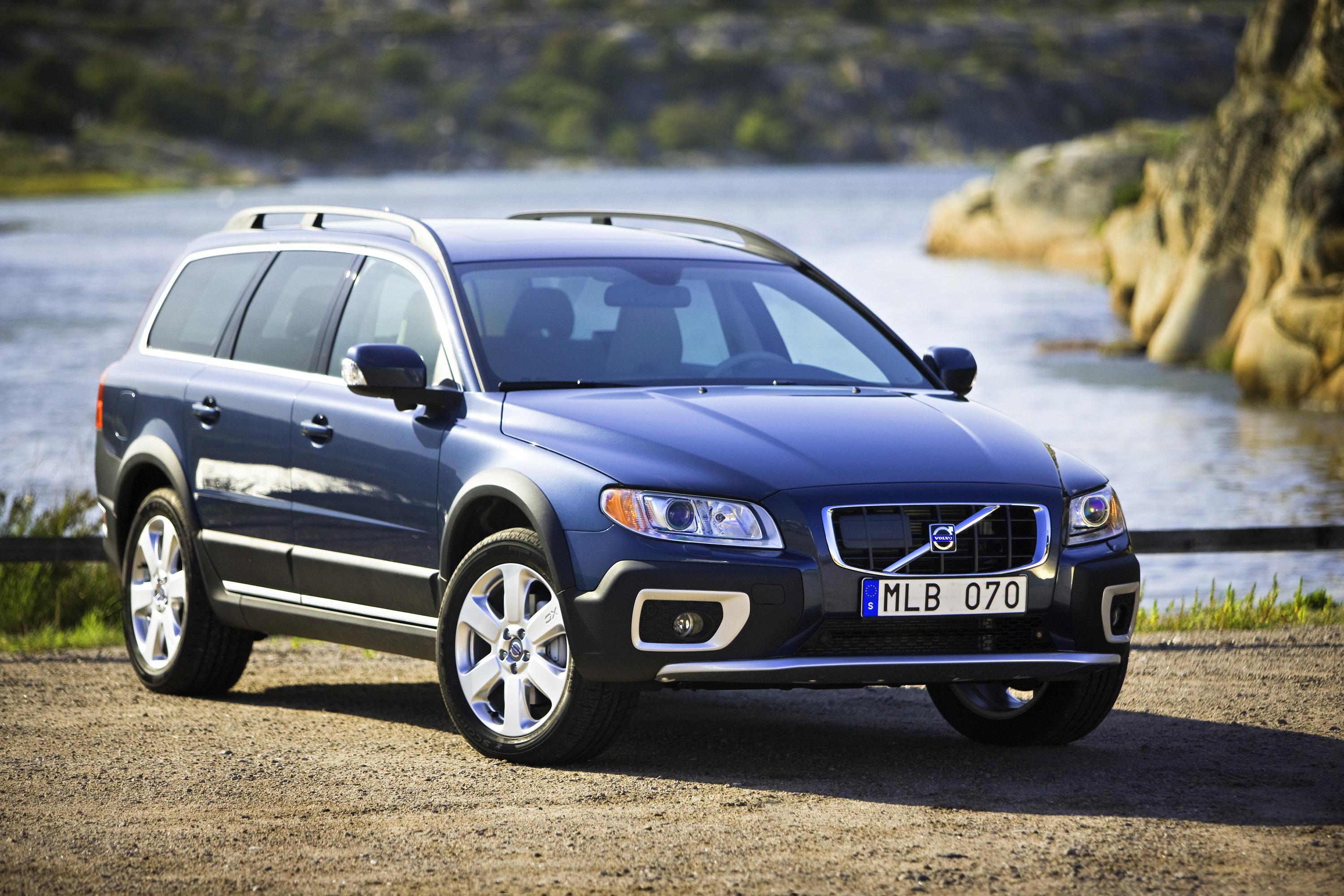equipment volvo estate how and it features to is much insure accessories safety
