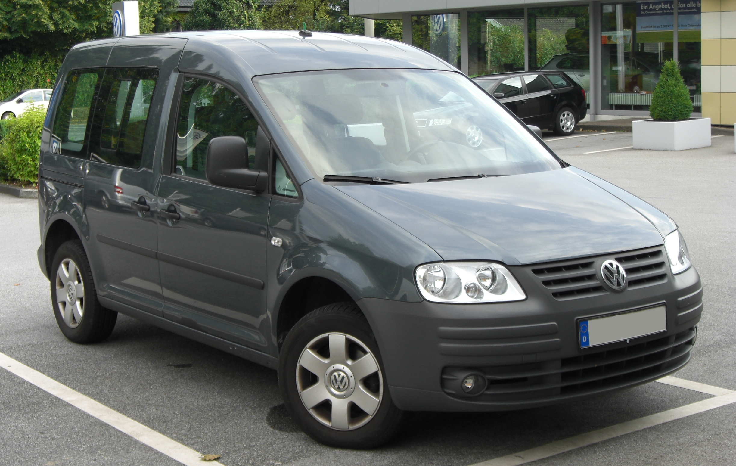 VW Caddy Life photo 02
