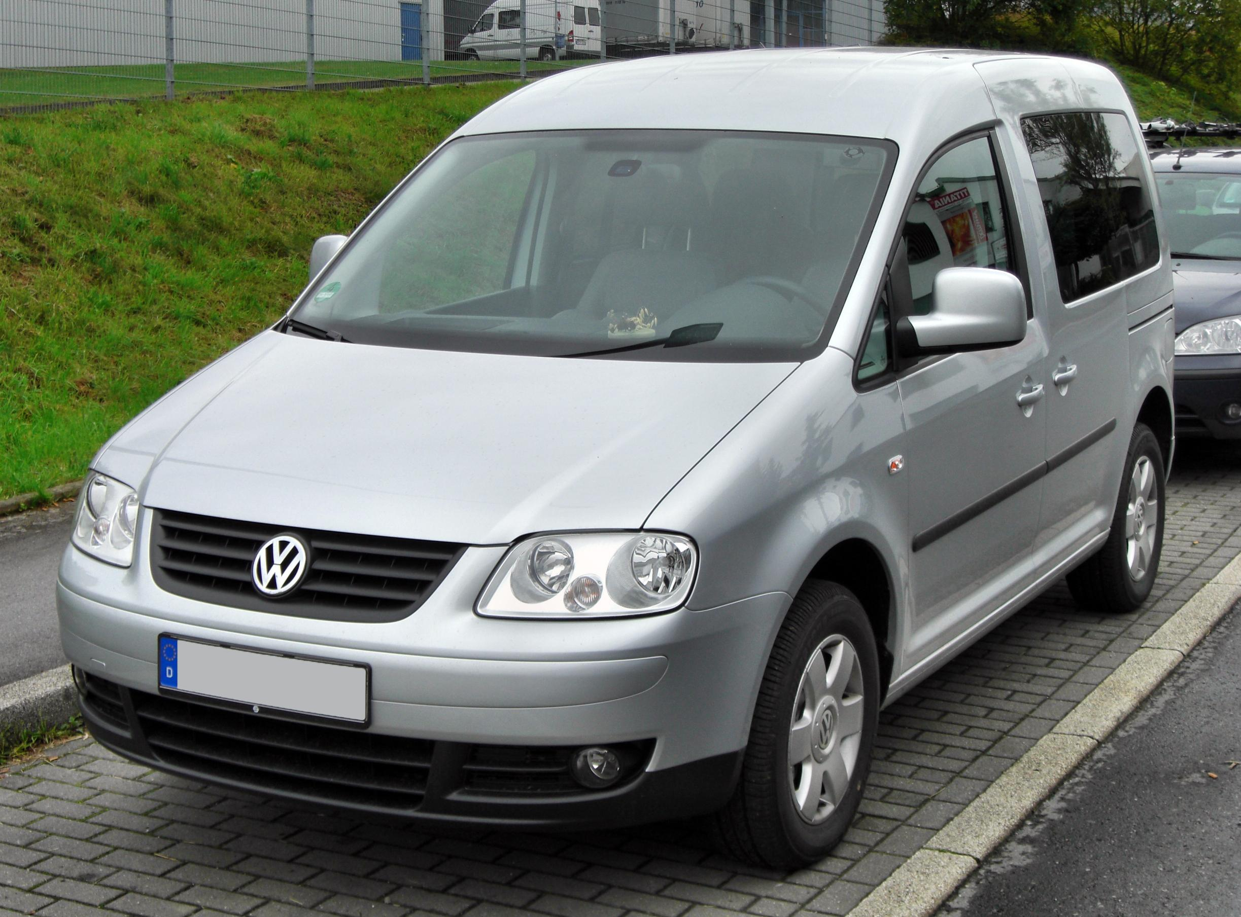 VW Caddy Life photo 11
