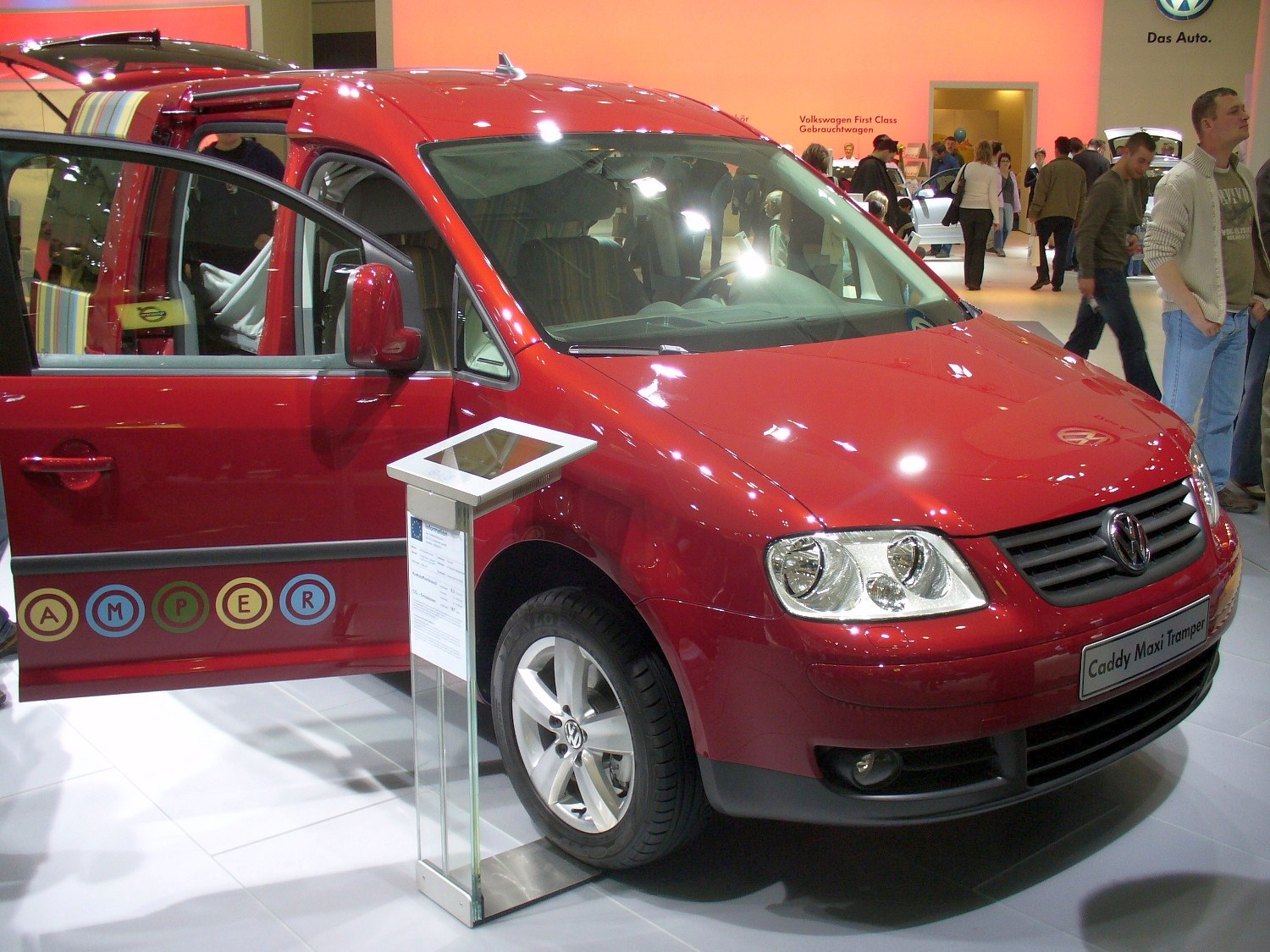 VW Caddy Tramper photo 07