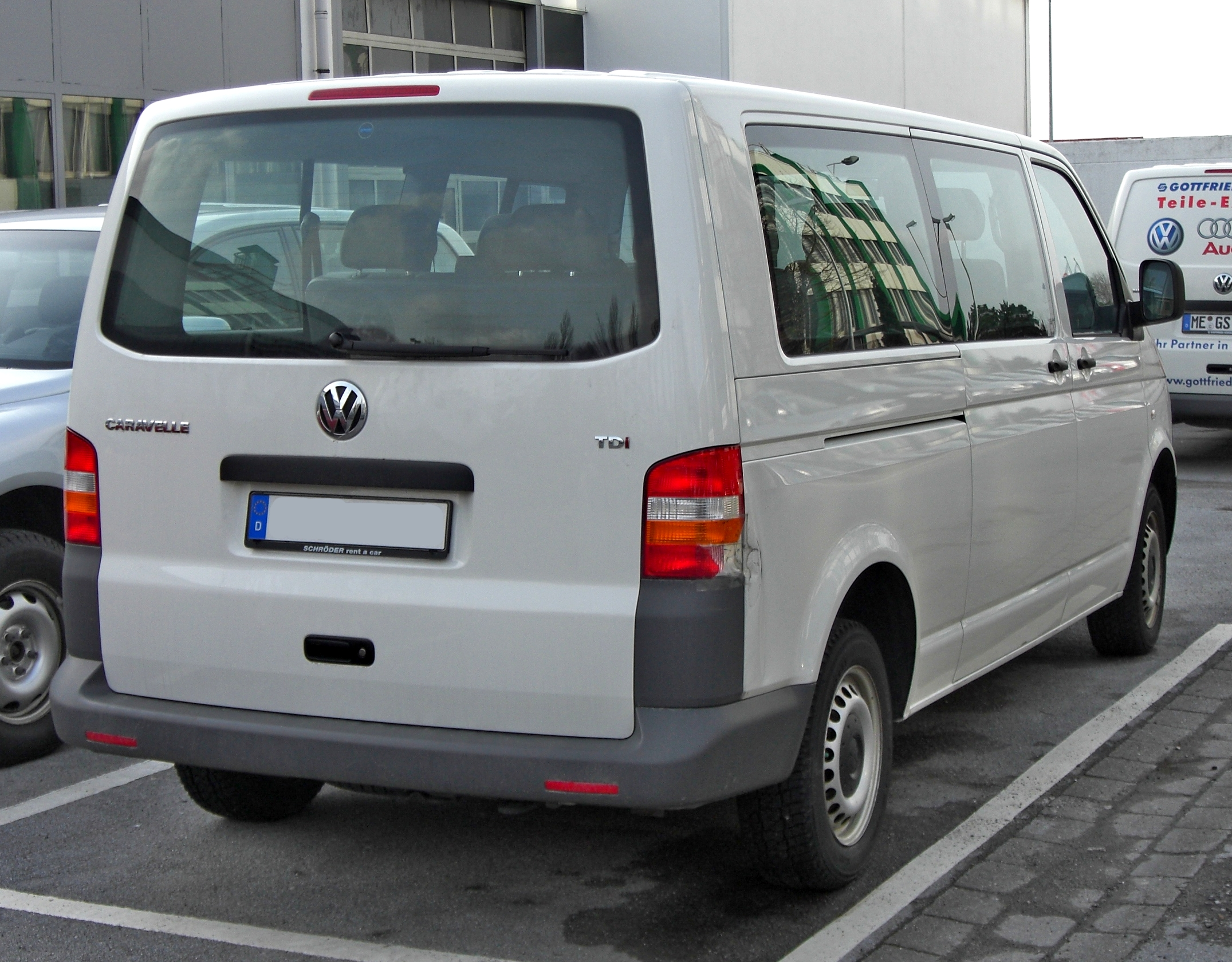 VW Caravelle photo 11