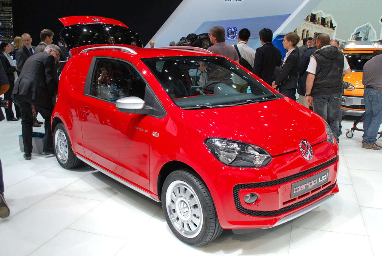 VW cargo up! photo 13