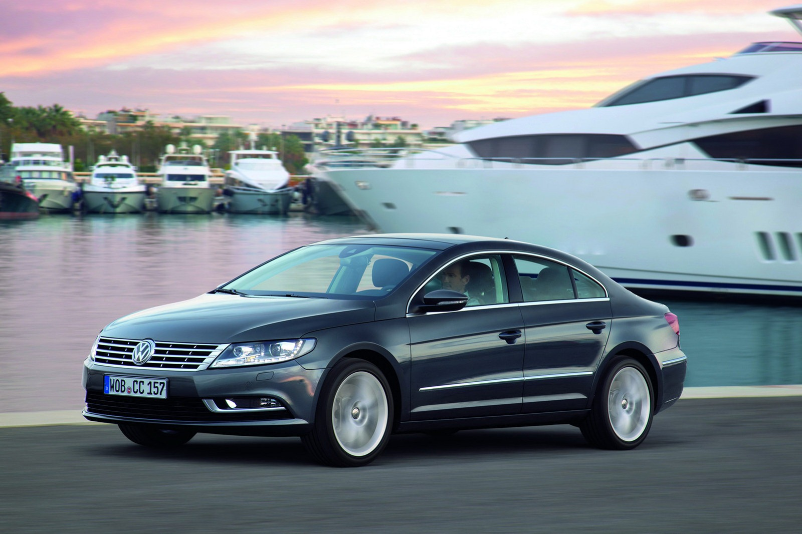 VW CC photo 13