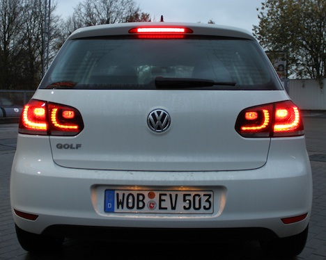 VW E-Golf image #17