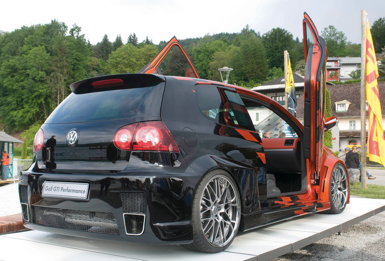 VW Golf image #1