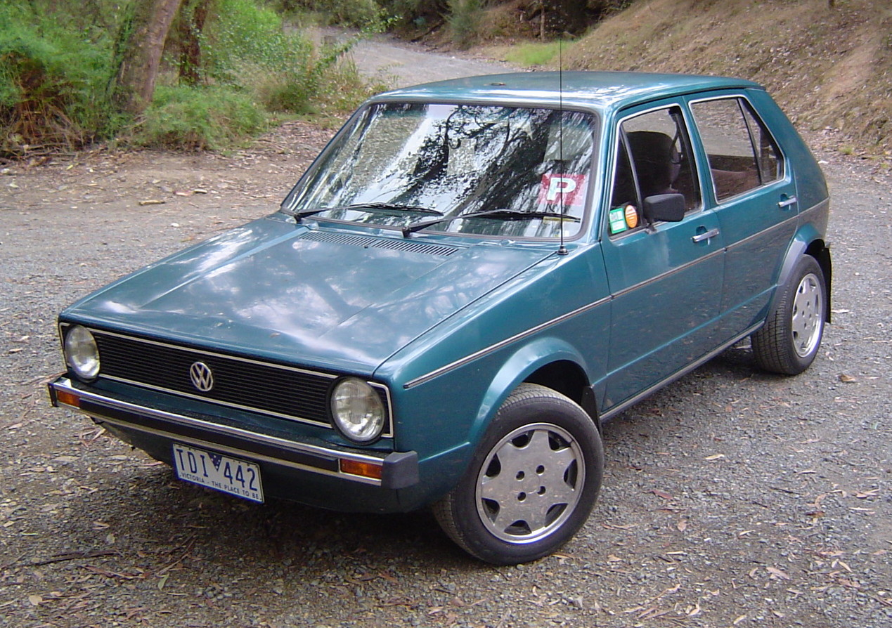 VW Golf 1 photo 02