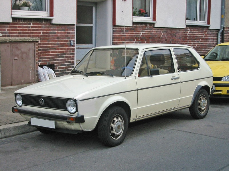 VW Golf 1 photo 04