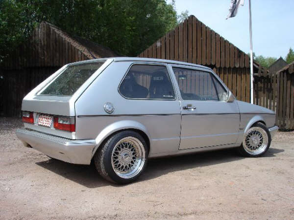 VW Golf 1 photo 11