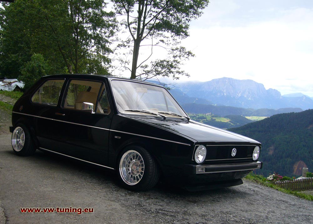 VW Golf 1 GTI photo 12