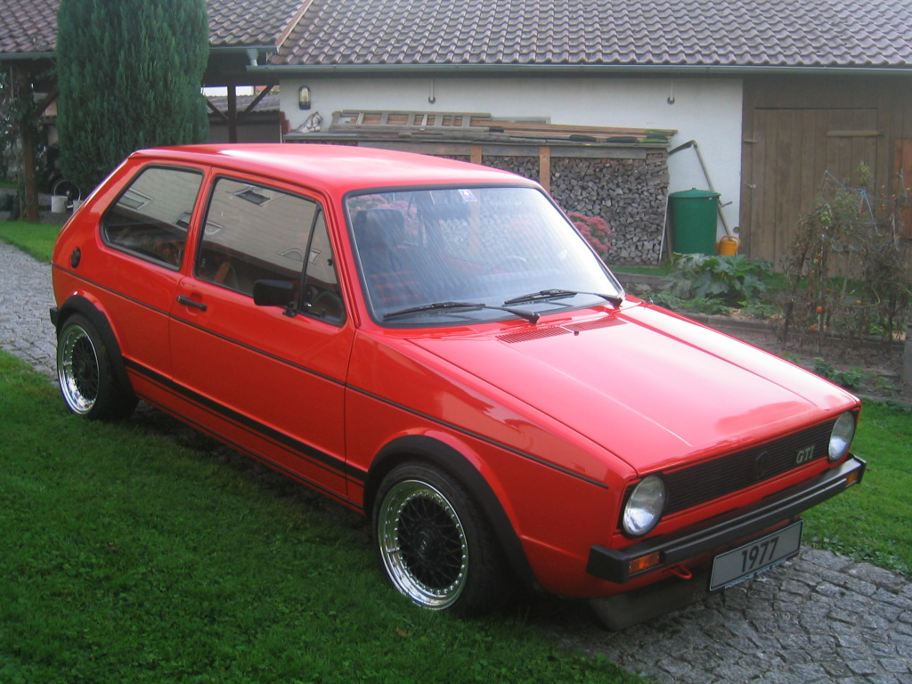 VW Golf 1 GTI photo 15