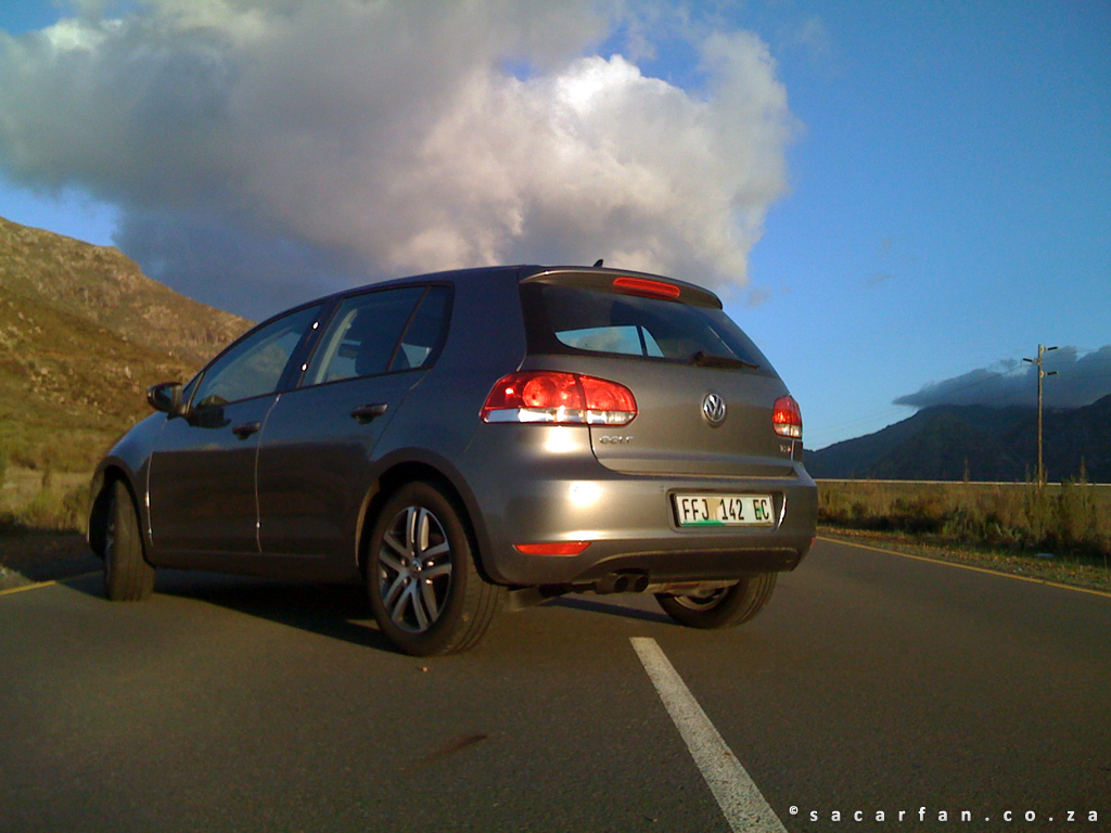 vw golf 1 4 tsi image 15. Black Bedroom Furniture Sets. Home Design Ideas