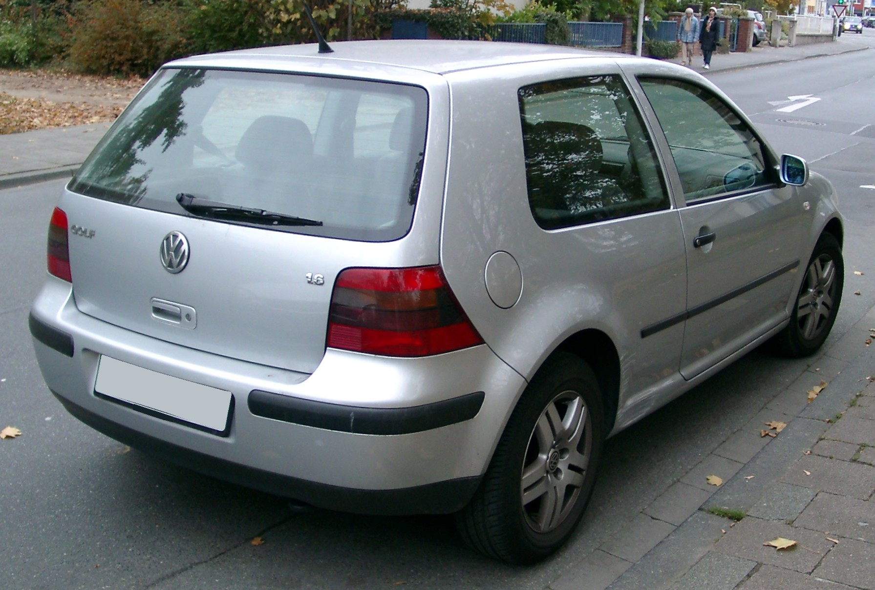 VW Golf 4 photo 01