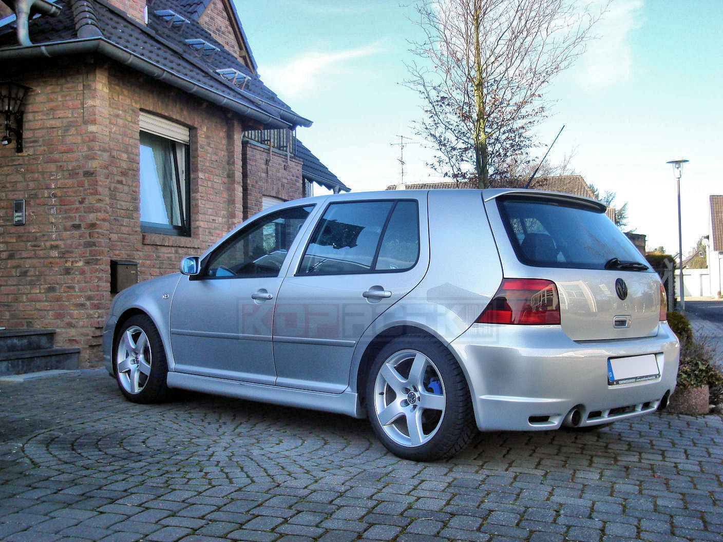 VW Golf 4 R32 image #11